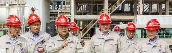 邹磊到内蒙古克什克腾旗煤制天然气公司、多伦煤化工公司慰问调研